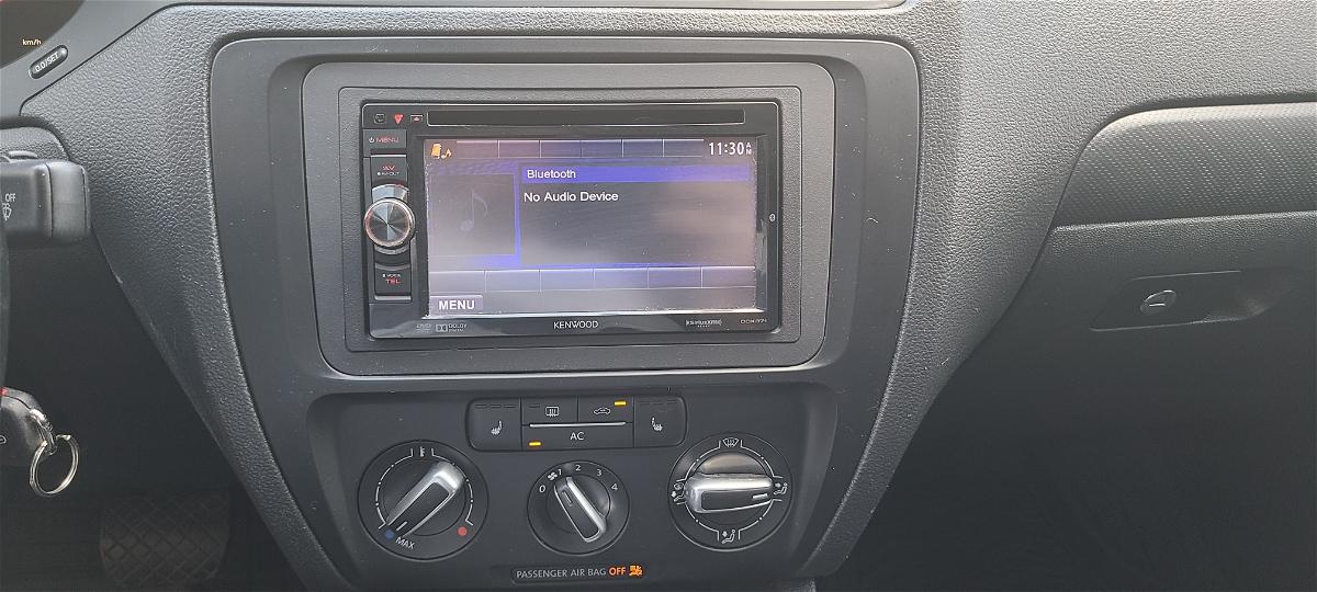 2011 - Volkswagen - Jetta - 3VWDX7AJ7BM310141