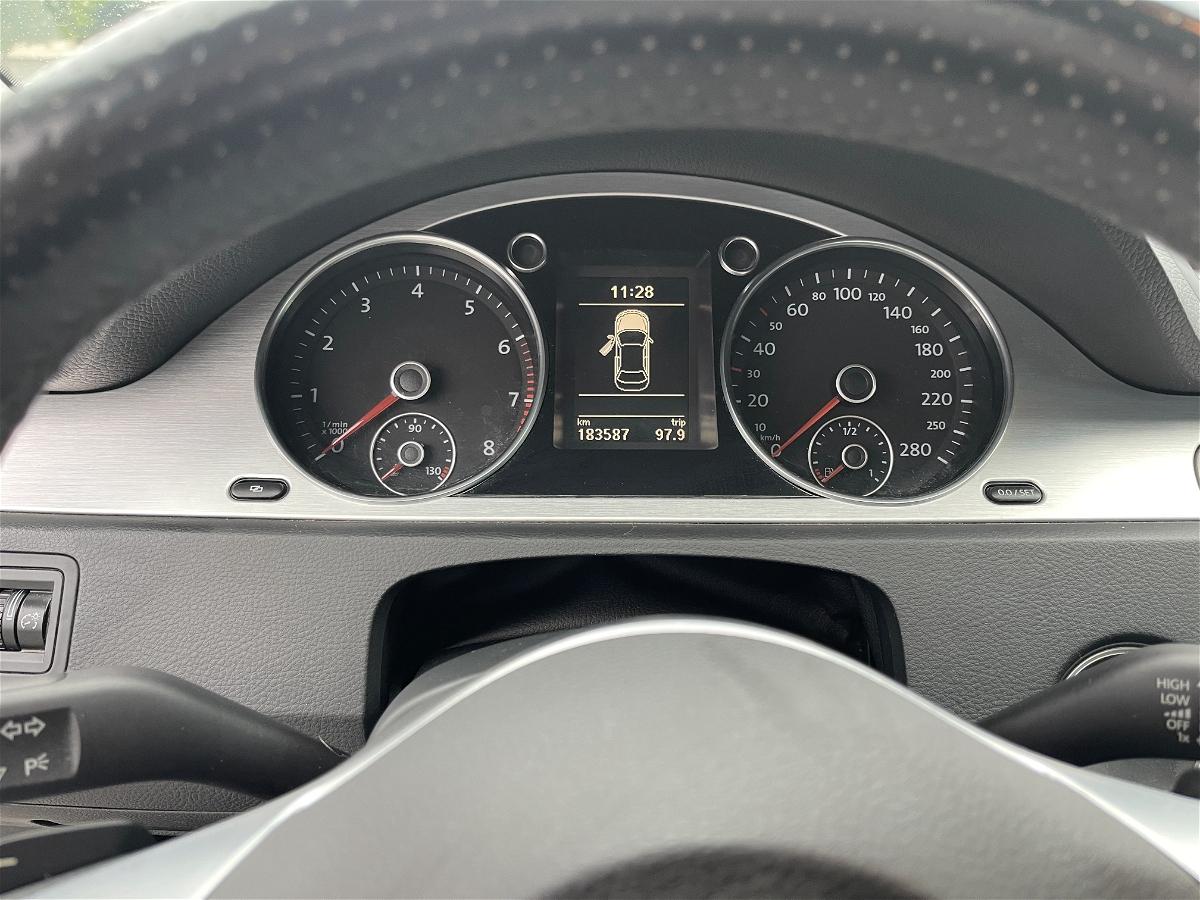 2011 - Volkswagen - Passat CC - WVWHN9AN1BE701445