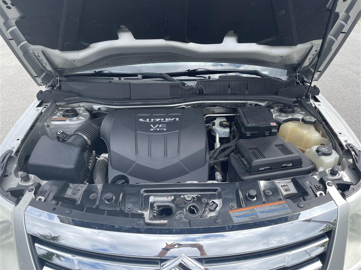 2008 - Suzuki - XL-7 - 2S3DA417886112342