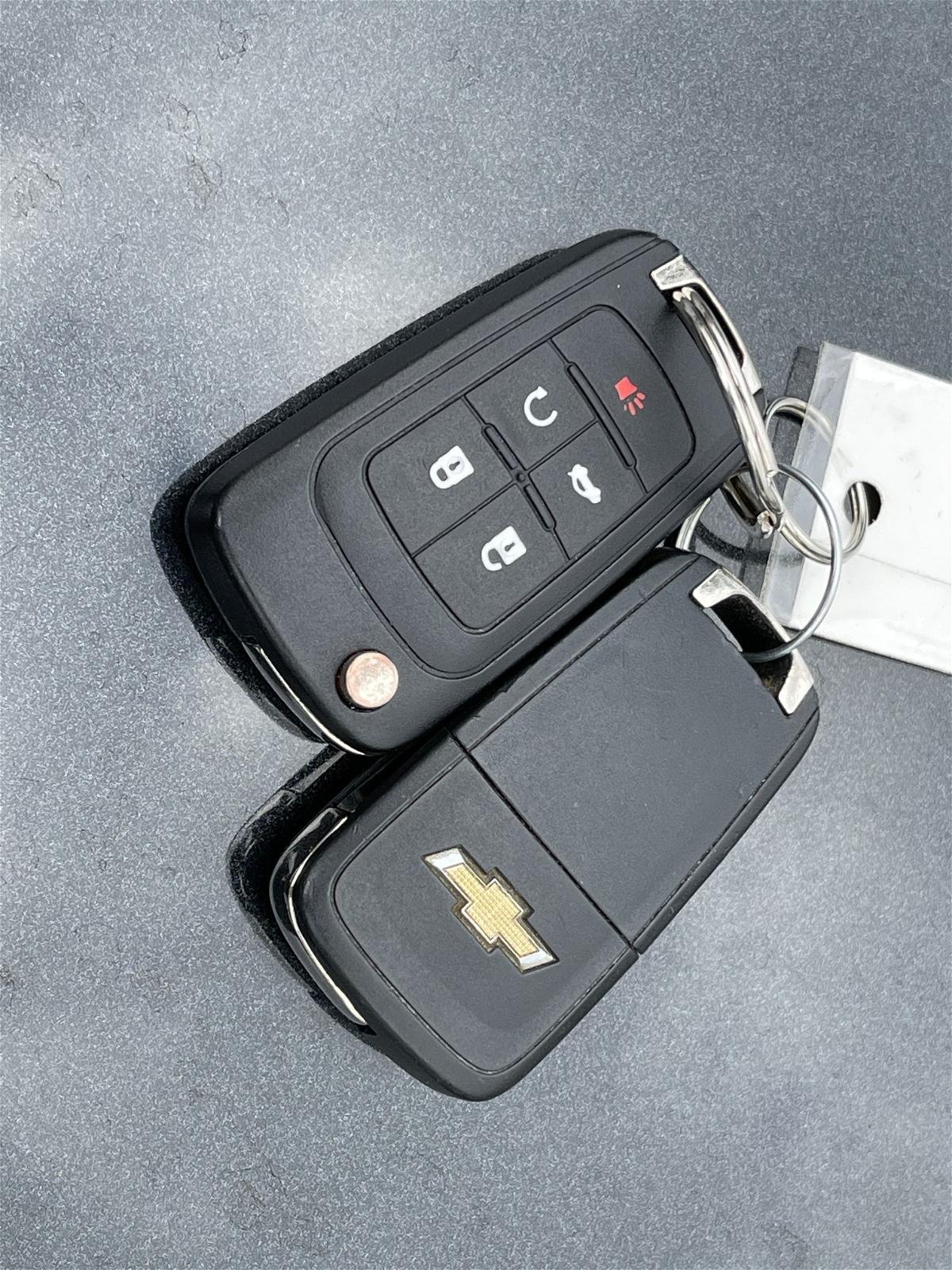 2013 - Chevrolet - Malibu - 1G11D5SR9DF160956
