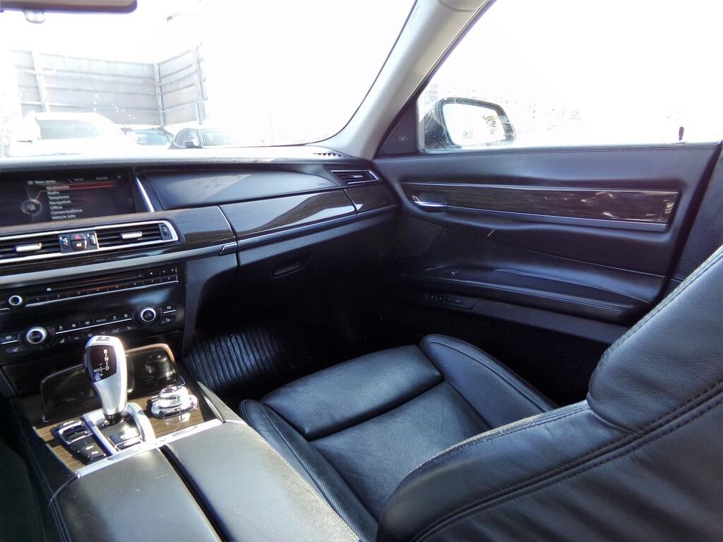 2013 - BMW - 7-Series - WBAYF4C54DDE23906