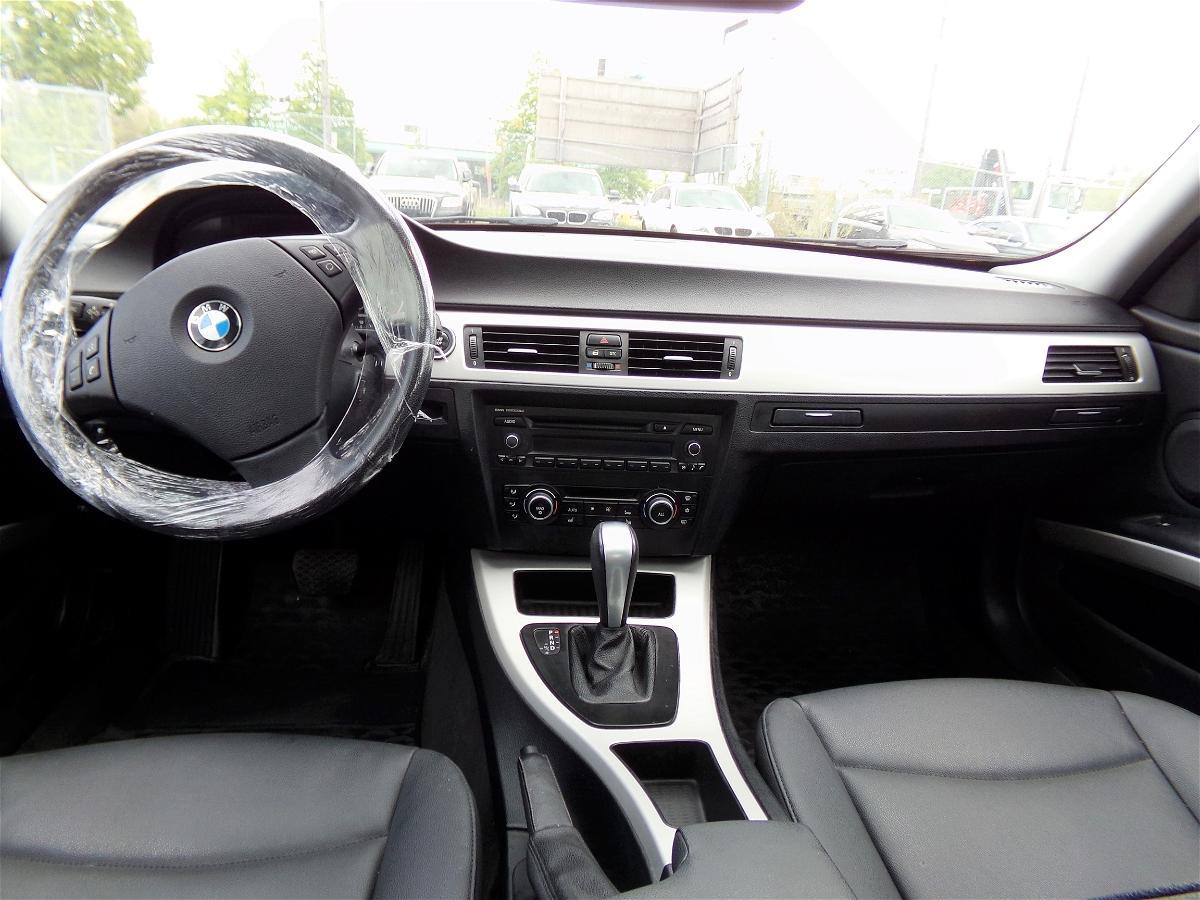 2011 - BMW - 3-Series - WBAPG7C51BA795659