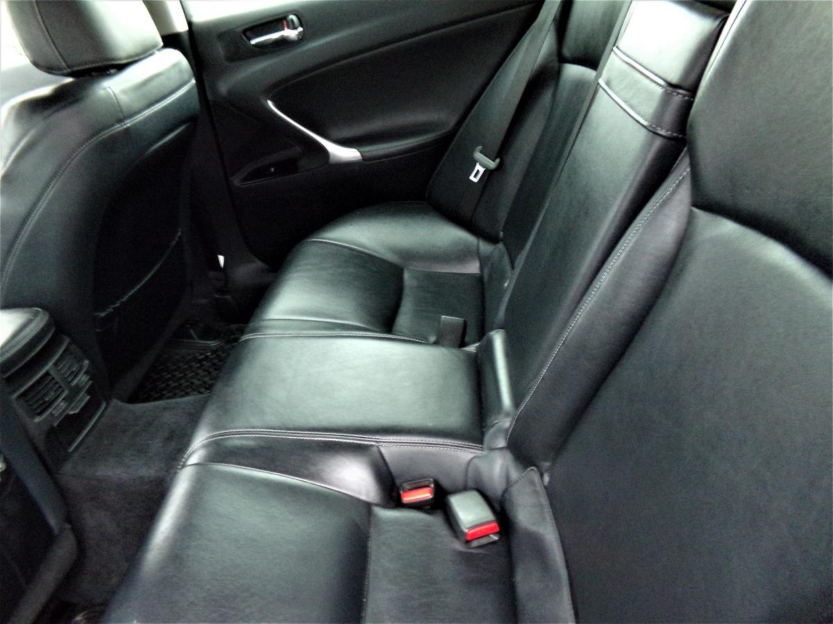2012 - Lexus - IS - JTHCF5C20C2035845