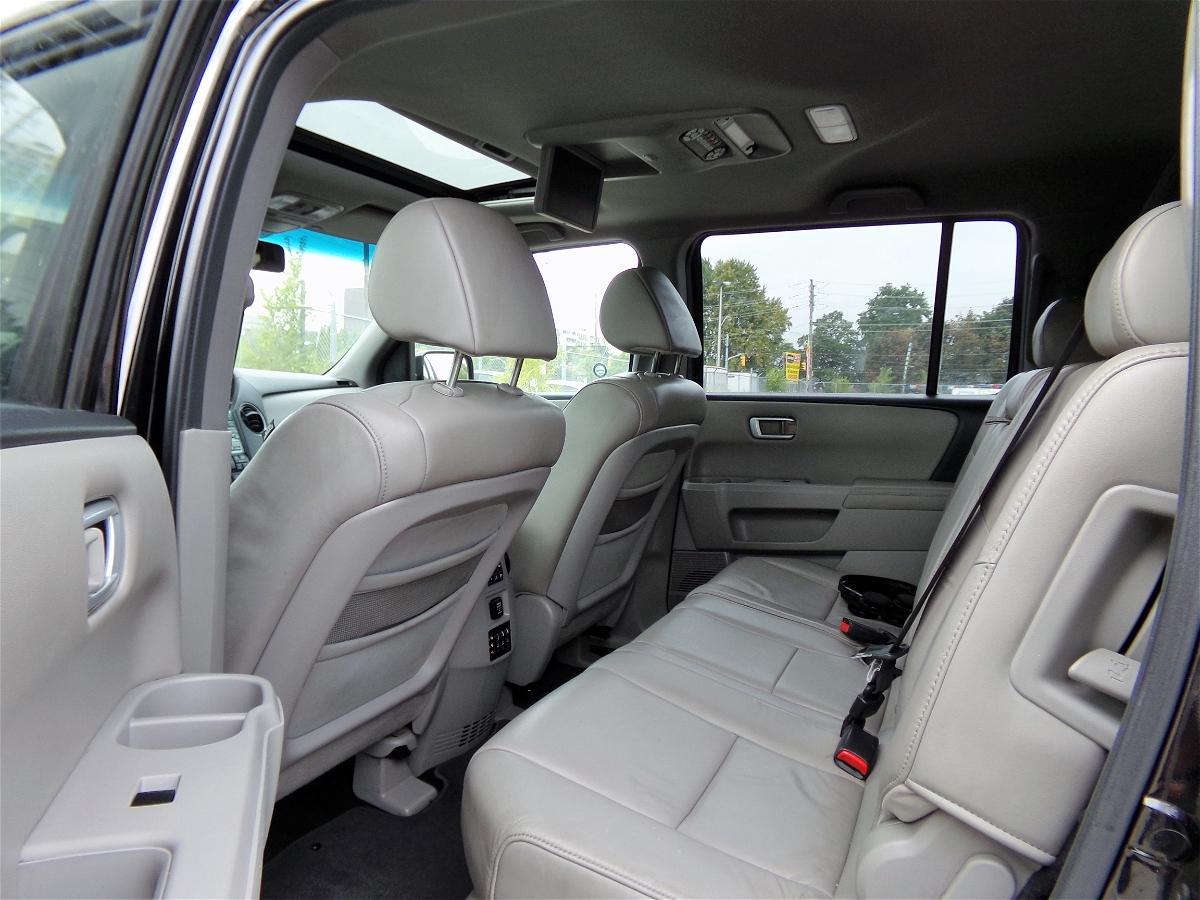 2011 - Honda - Pilot - 5FNYF4H68BB501207