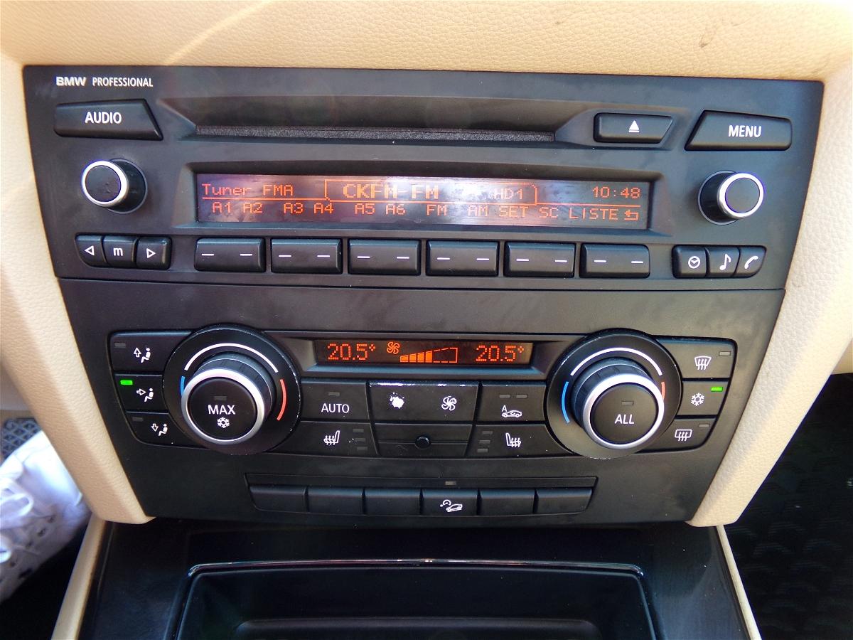2011 - BMW - 3-Series - WBAPK7C58BA818711
