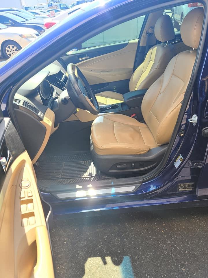 2011 - Hyundai - Sonata - 5NPEC4AC8BH099928