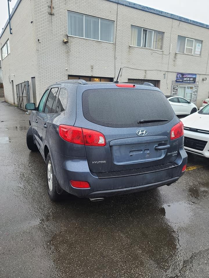 2008 - Hyundai - Santa Fe - 5NMSG13E28H206109