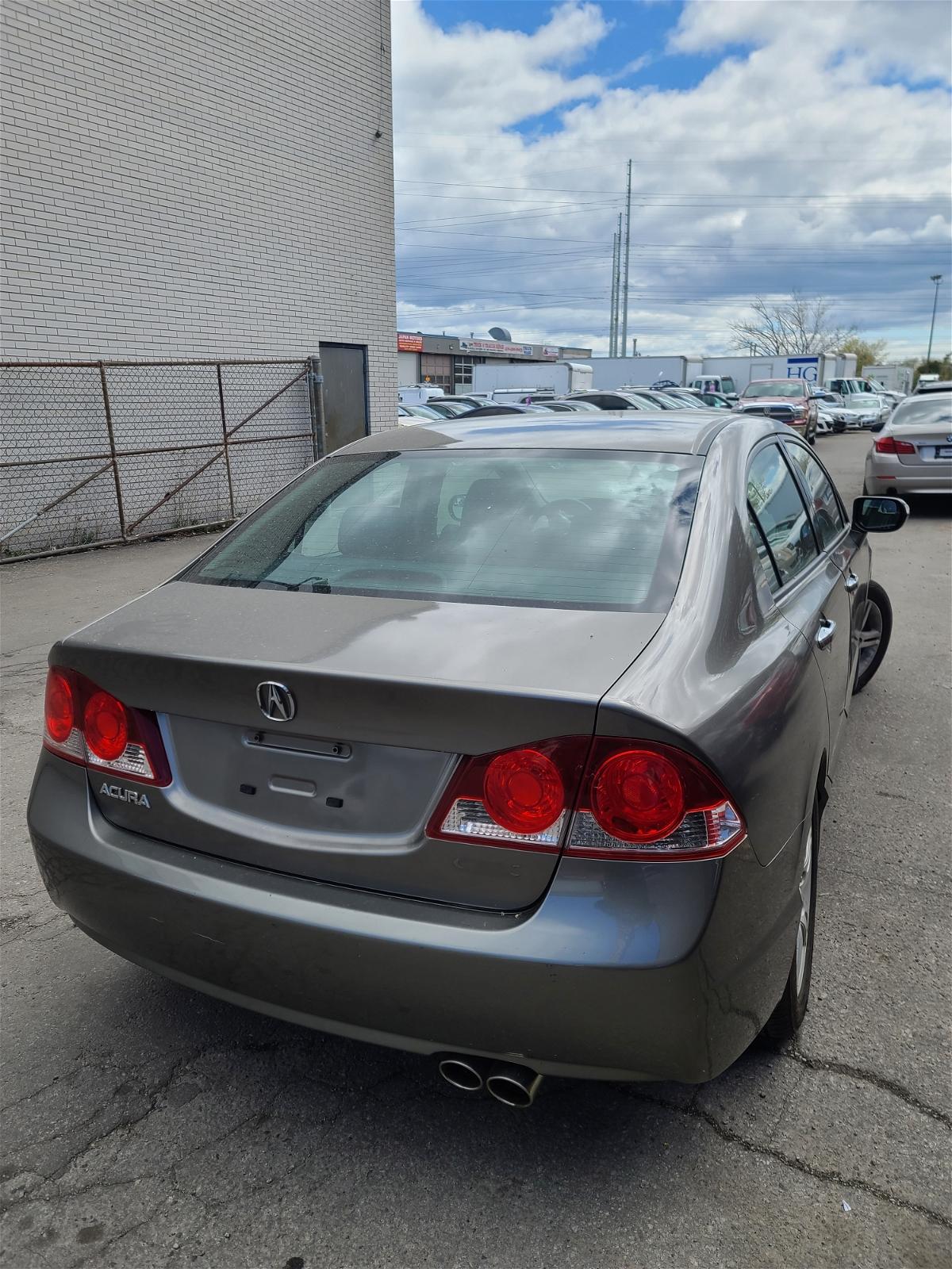2008 - Acura - CSX - 2HHFD56528H201675