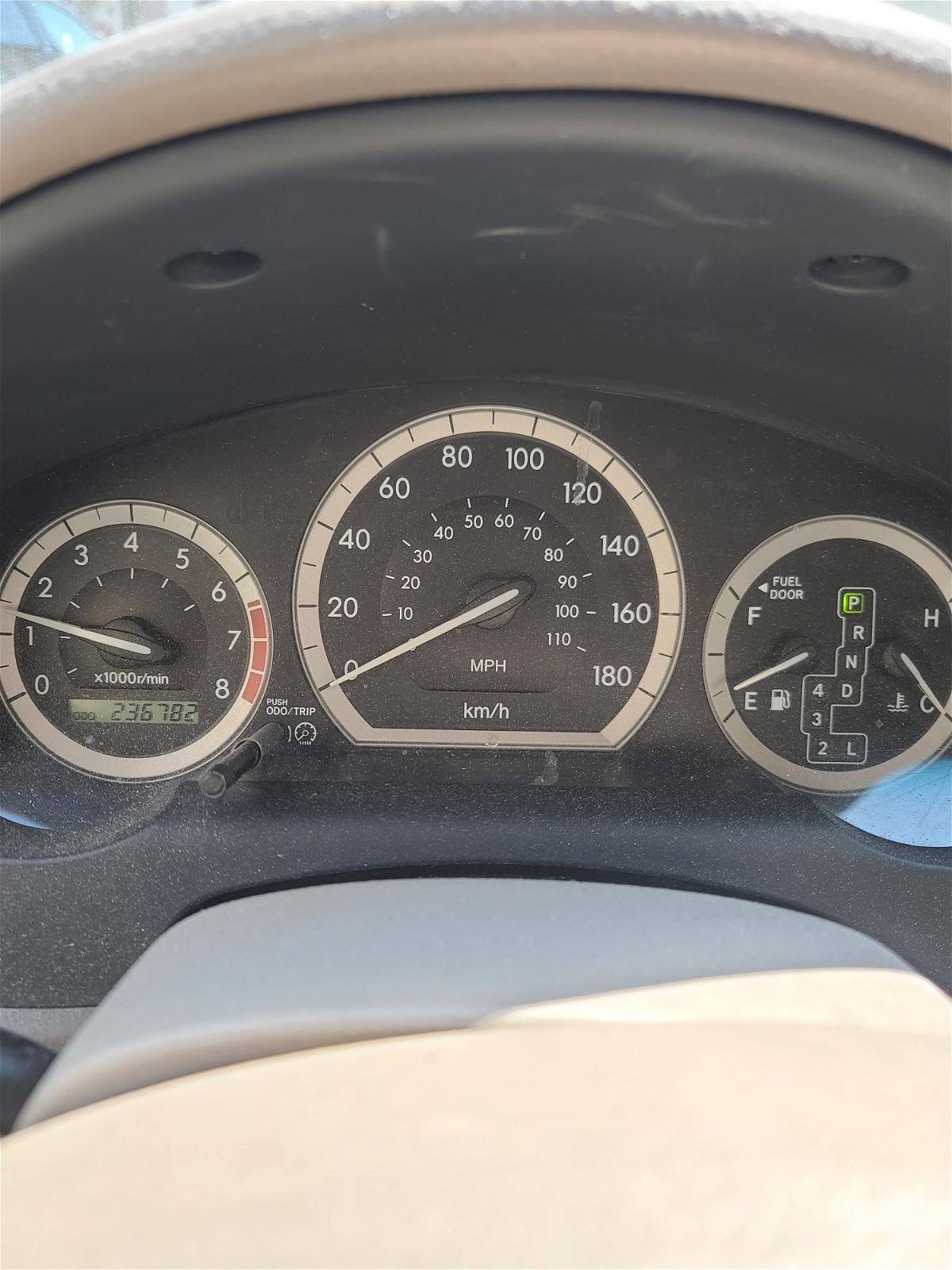 2008 - Toyota - Sienna - 5TDZK29C18S104919