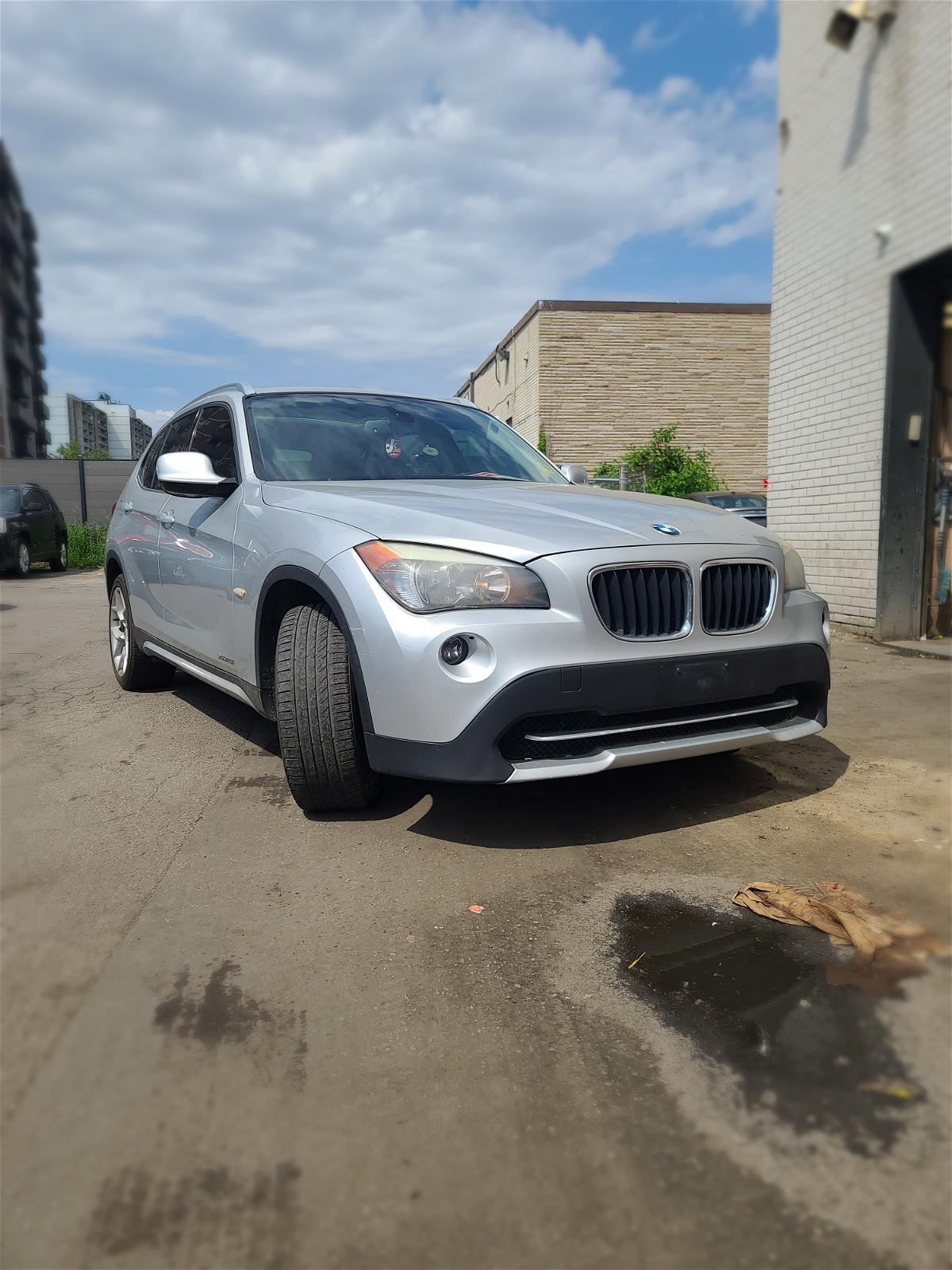 2012 - BMW - X1 - WBAVL1C52CVR76750