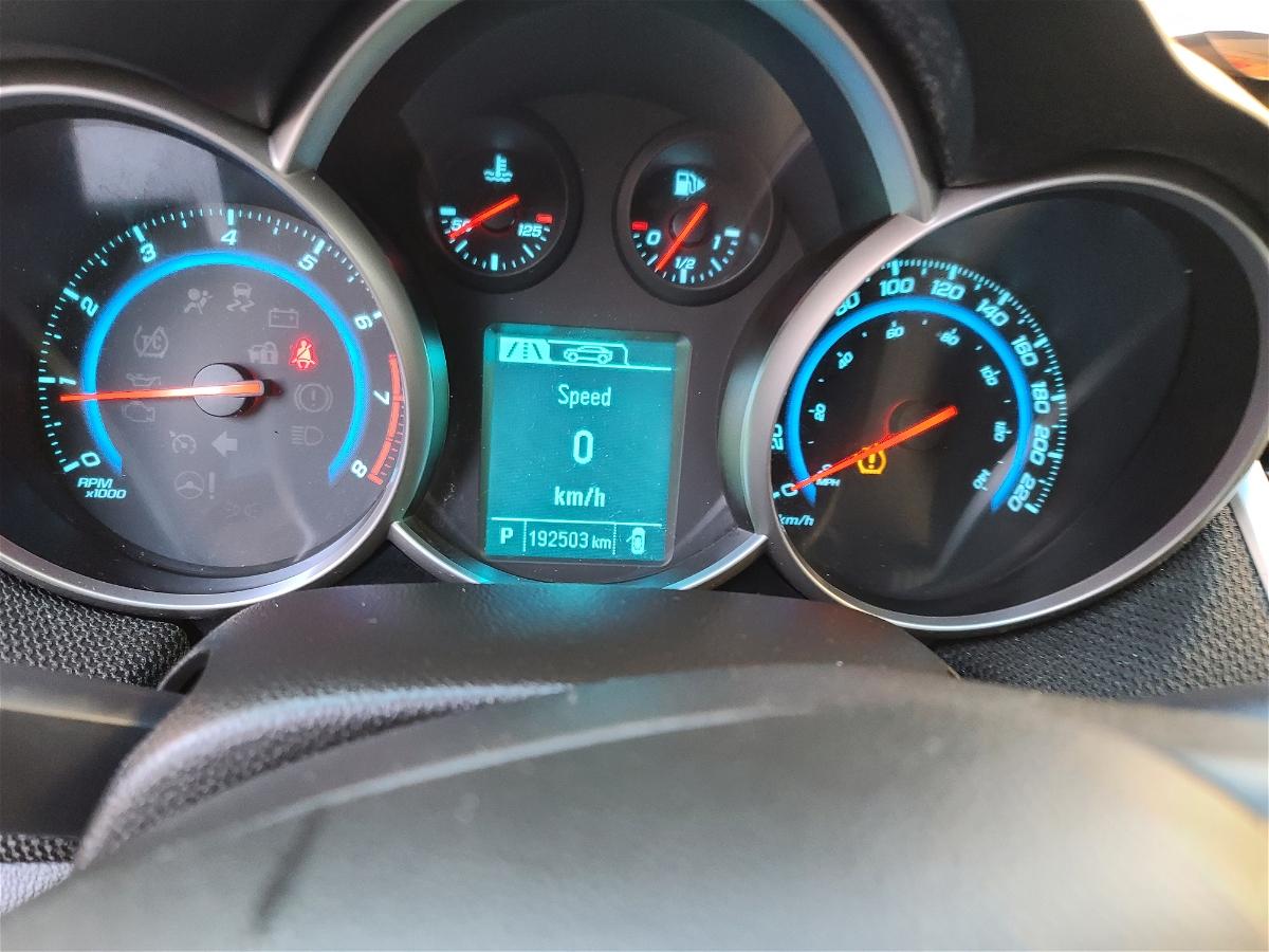 2015 - Chevrolet - Cruze - 1G1PC5SB6F7202044