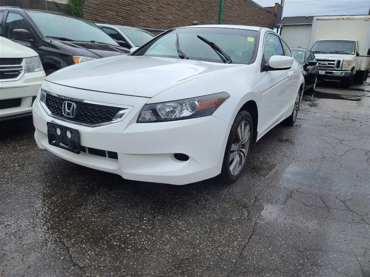 2009 - Honda - Accord - 1HGCS12879A800982