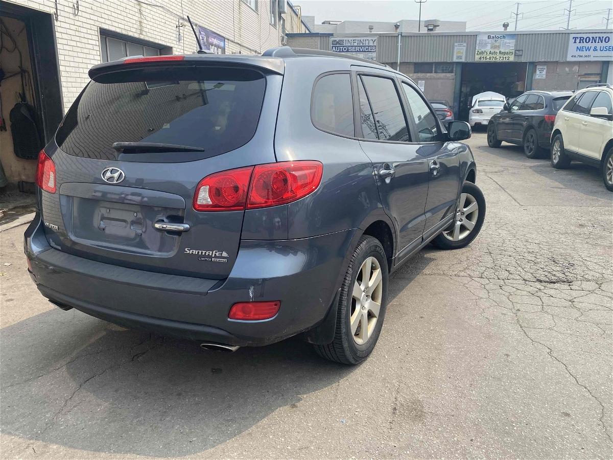2012 - Hyundai - Santa Fe - 5XYZG3AB9CG125727