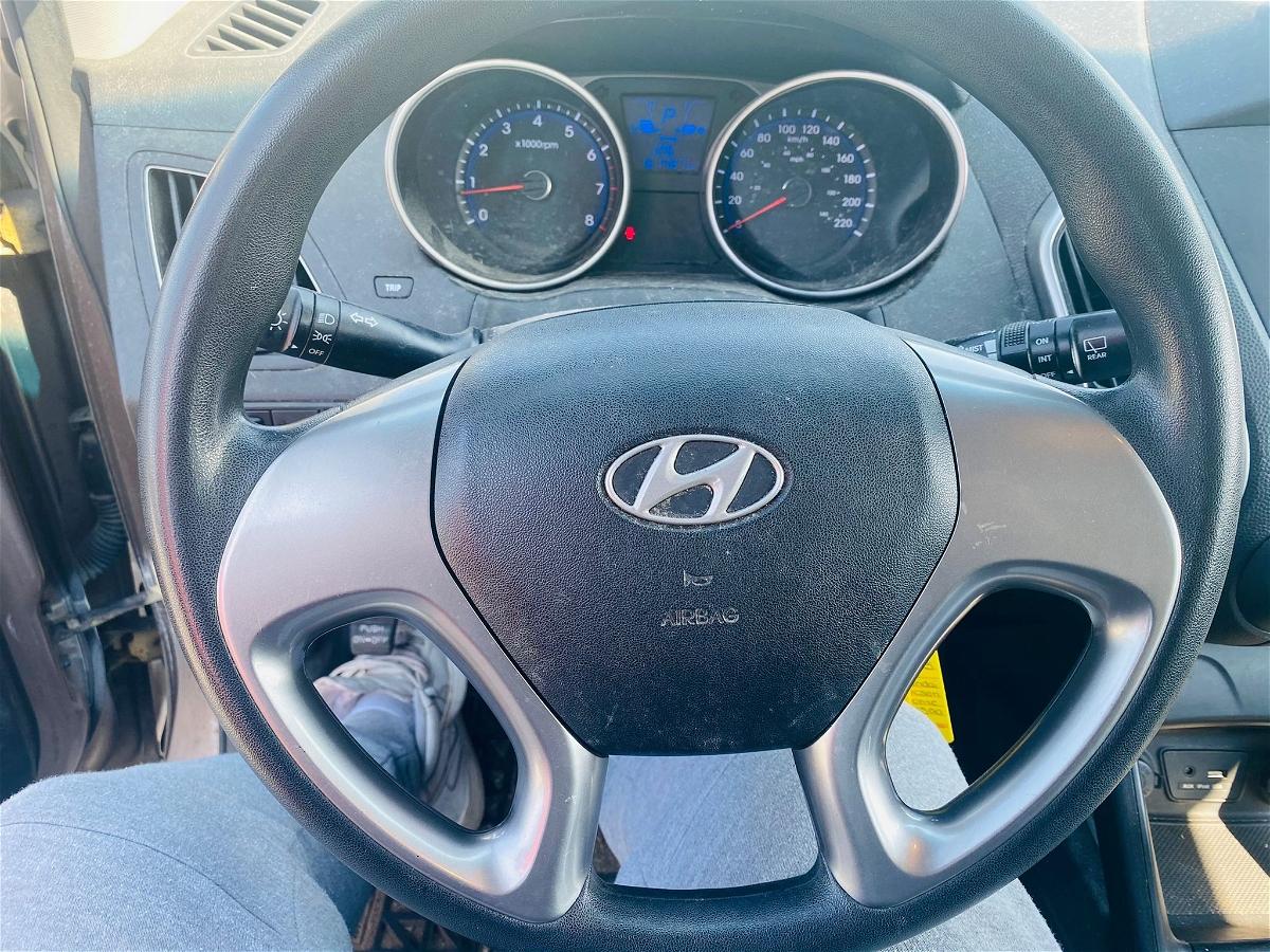 2012 - Hyundai - Tucson - KM8JT3AB4CU365500