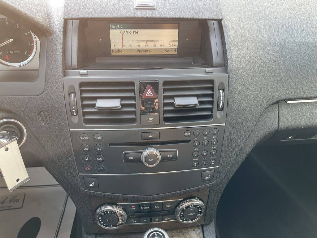 2008 - Mercedes-Benz - C-Class - WDDGF81XX8F082812