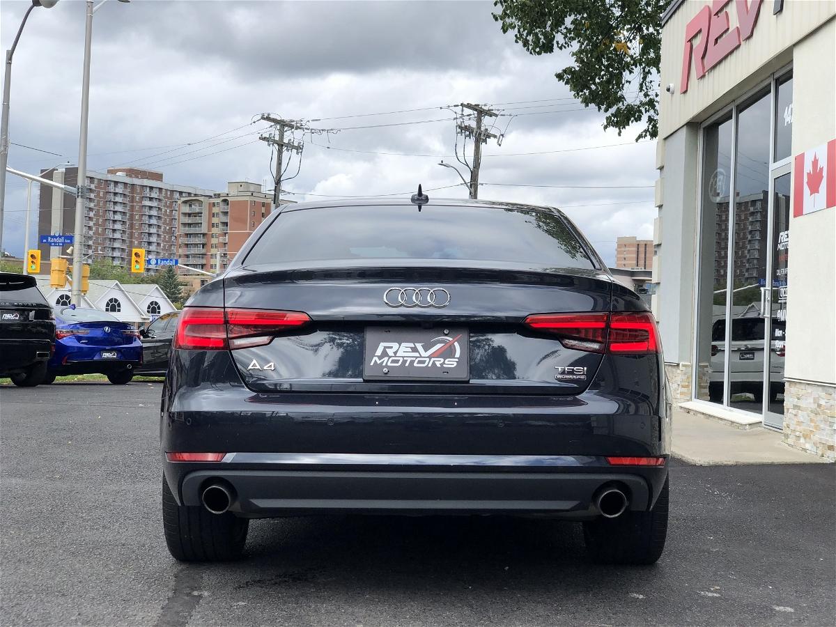 2017 - Audi - A4 - WAUCNAF46HN071410